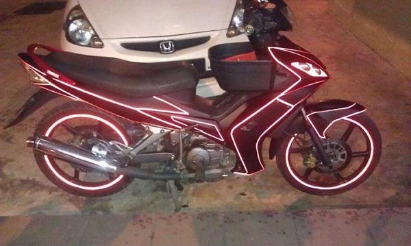 decal phản quang xe máy